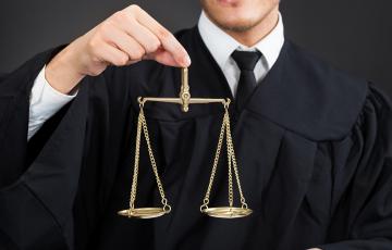 法律・訴訟・弁護士・検事・リーガル